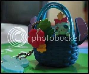 #LS028 - Scrump in Basket Keychain - S$3.00