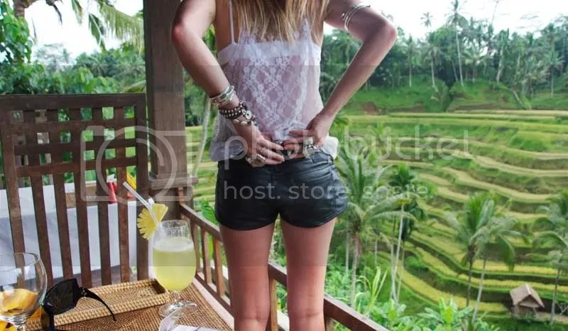 bali,jewellery,rings,leather shorts