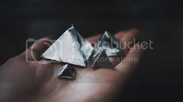 pyramid,triangle,silver,hands