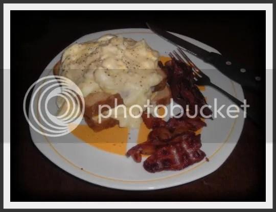Eggs in White sauce