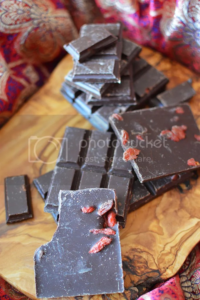 'Rawr' Goji Chocolate Chunks