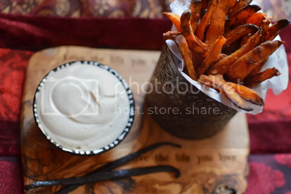 Cinnamon coconut sugar baked sweet potato fries with a raw vanilla maple cashew cream.