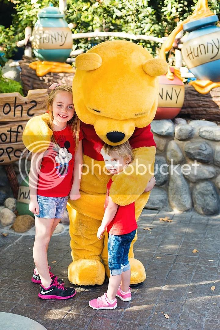 photo DisneylandKSimmons_15_zps3lhjza5l.jpg