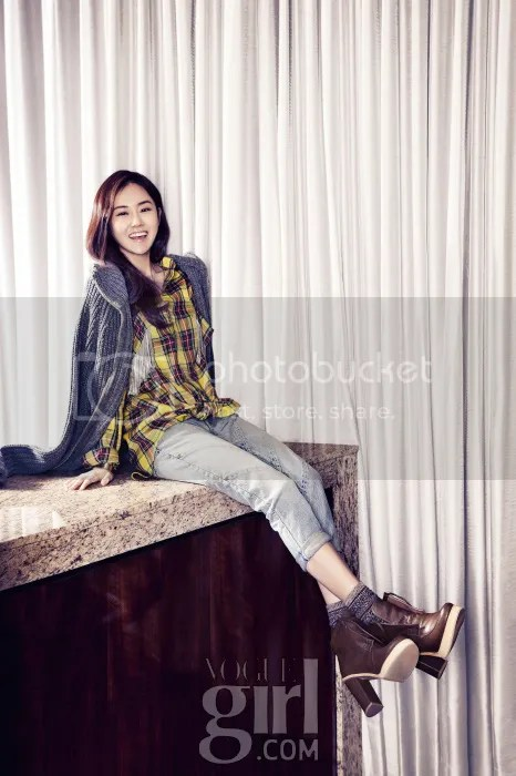 photo Gayoon4minuteVogueGirlJanuary20134_zpsc151731d.jpg