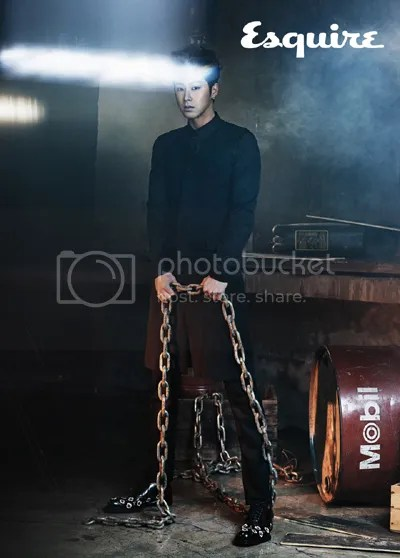 photo 20121120_esquire_tvxq2_zps02278b84.jpg