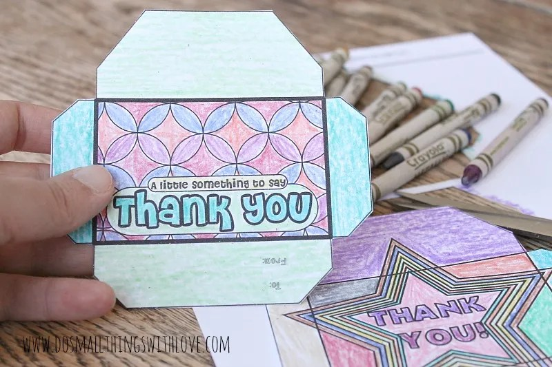 Free printable color-your-own gift card holder from kids From our post 20 Last Minute Handmade Teacher's Day Card ideas- Free, printable and personalized thank-you cards that kids can make and Teachers will love! Perfect for National Teacher Appreciation Week and or end of school Teacher appreciation tags.