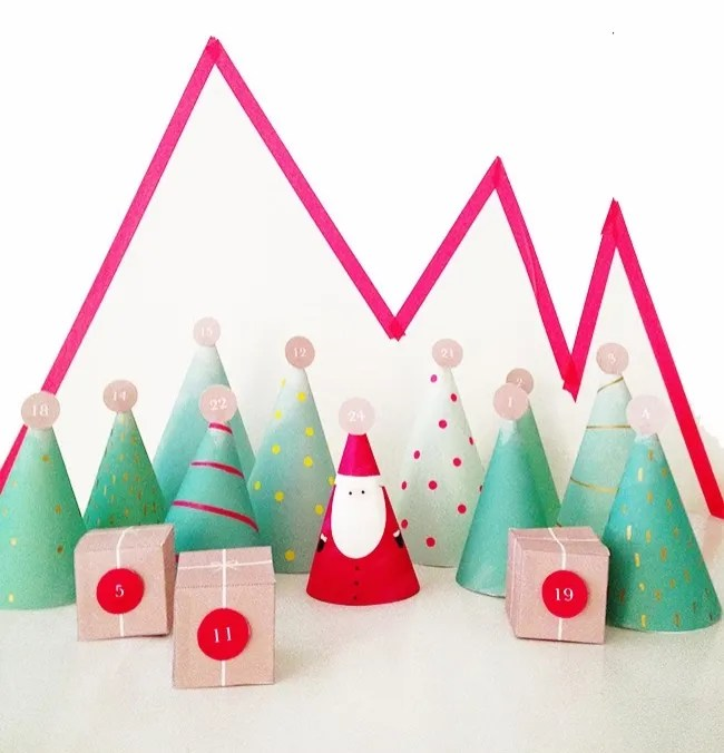 Christmas Forest Free Printable Advent Calendar | A Lovely Lark