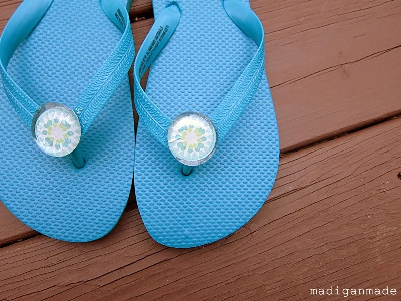 fcfd3bc3e Embellish Your Flip Flops with Flat Glass Gems - Rosyscription