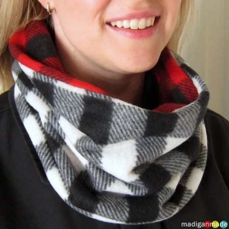 How to sew a cowl scarf