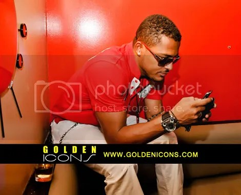 Is Van Vicker checking his Twitter page