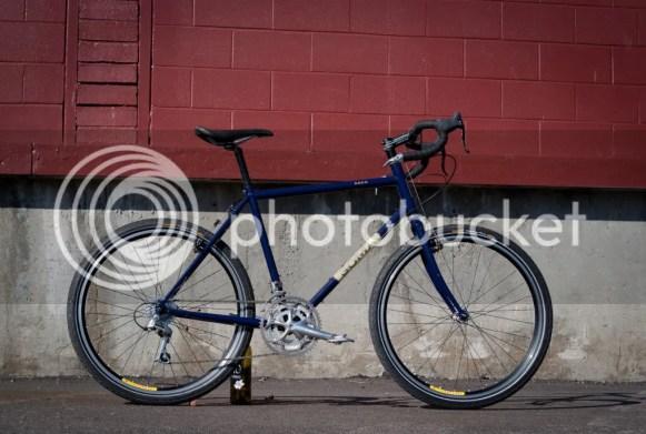 soma saga touring bike