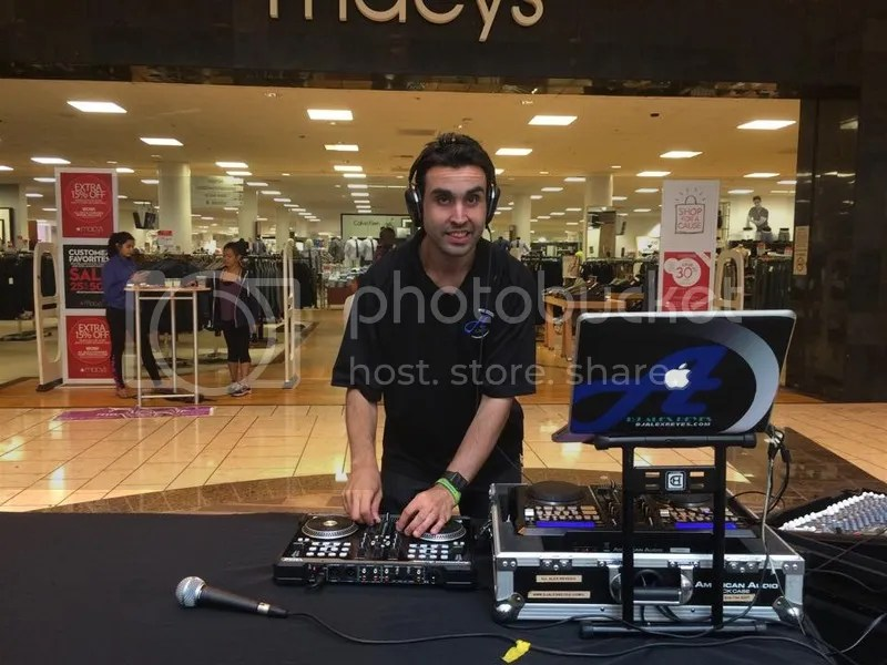 photo DJ Alex Reyes in action at a back to school event on Aug 29 2015_zpshmlfqf4g.jpg