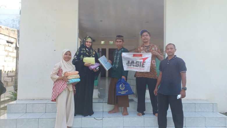 AKSI SOSIAL IABIE: Penyerahan Kebutuhan Masjid di Daerah Terpencil
