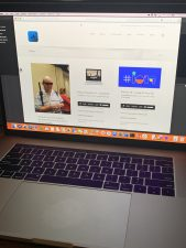Image of 2019 MacBook Pro with iAccessibility.net showing in safari.