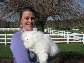 2009 Top Wool Producer: Harvest Moon Esperanza Reg. 2284 g. ©Bungalow Farm Angora