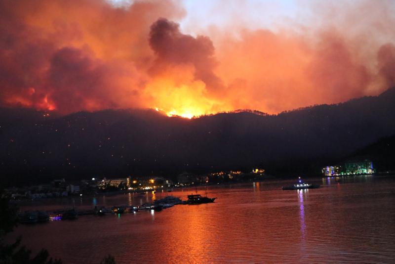 Marmaris'teki yangınla ilgili flaş iddia! 2 çocuk pedagog eşliğinde dinlenecek