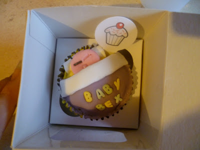 Baby shower cupcakes…