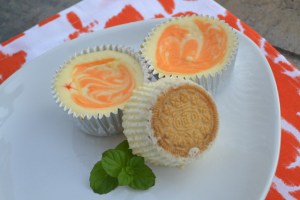 Mini Creamsicle Cheesecakes with Creamsicle Oreo Cookie Crusts