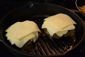 Philly Cheesesteak Burger_08
