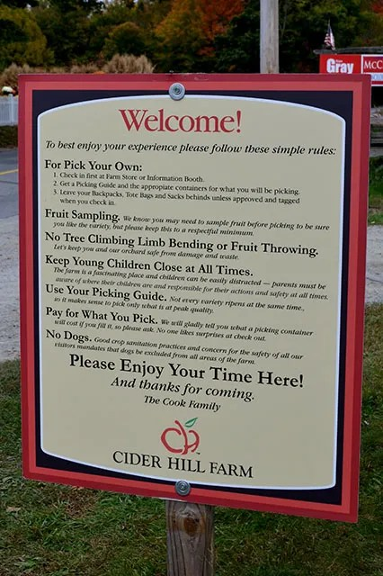 Apple Picking_Cider HIll Farm_03