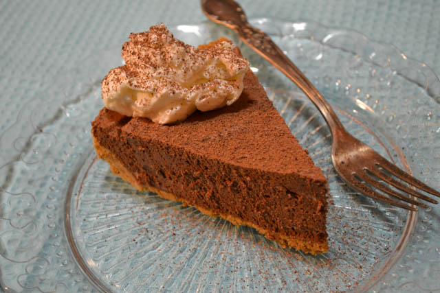 Chocolate Icebox Pie-01