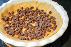 Reese's Cup Marshmallow Peanut Butter Cookie Pie-8