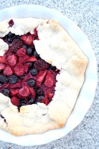 Mixed Berry Rustic Pie_01