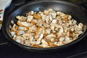 Apple and Mushroom Wild Rice Stuffing-8