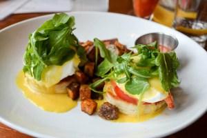 Ceia Brunch_Lobster Eggs Benedict-1