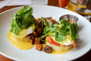Ceia Brunch_Lobster Eggs Benedict-1