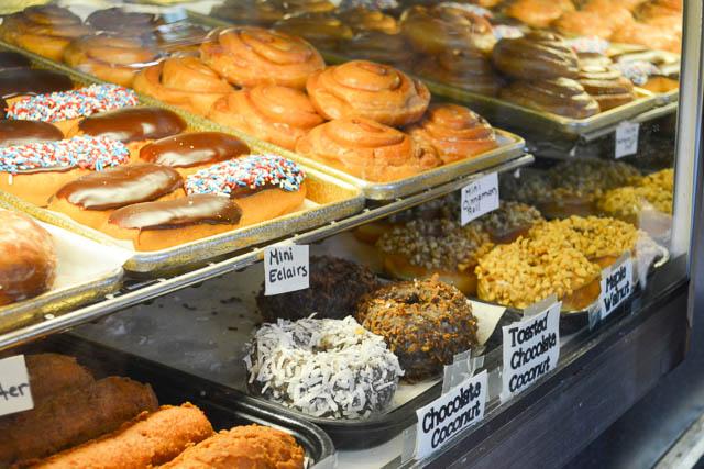 Home Sweet Home Doughnut Shoppe_03