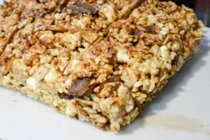 S'mores Rice Krispie Treats-10
