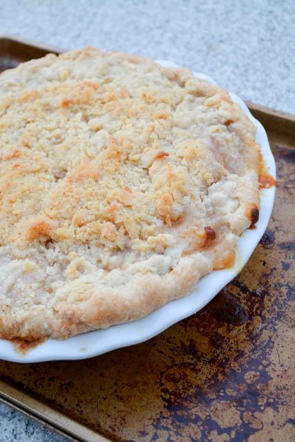 Struesel Topped Ginger Pear Pie-4