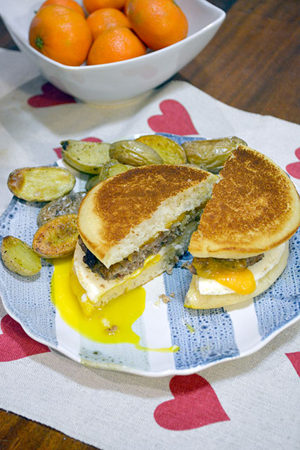 Pancake Breakfast Sandwich_04
