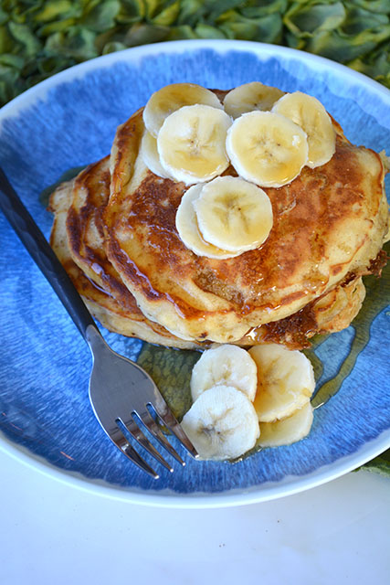 browned-butter-buttermilk-banana-pancakes_03