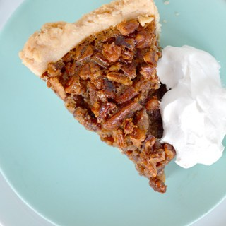 Easy Classic Thanksgiving Pecan Pie