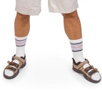 Sandals-With-Socks