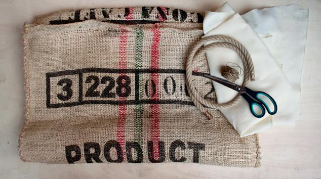 De saco de café a maxi cojín puf, materiales