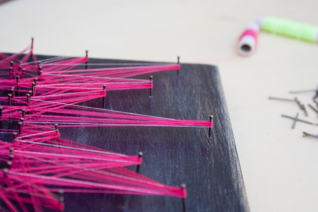 "DIY String Art by ""I am a Mess"""