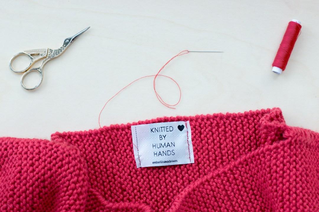 Marsala Sweater, kit de Entre fils i madeixes, Etiqueta