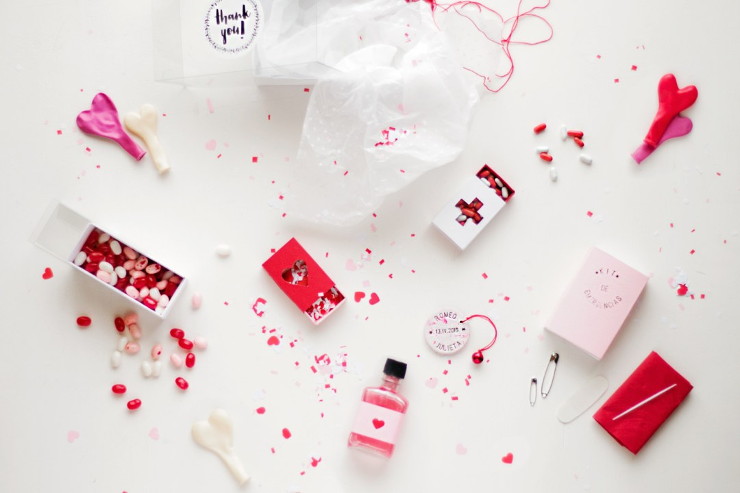 """caja de regalo para boda, visto en """"I am a Mess Blog"""""""