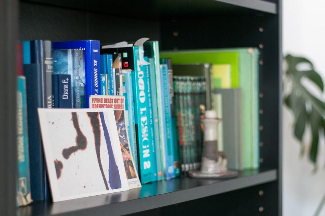 estanteria closeup