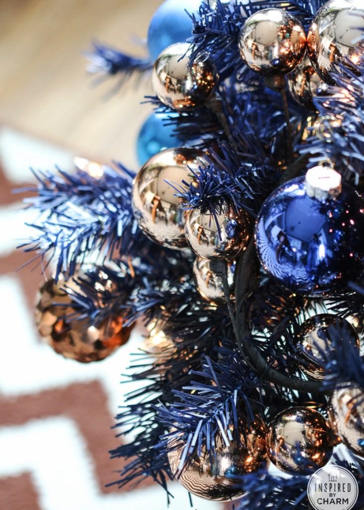 """Inspiración: Árboles de navidad azules. Visto en """"I am a Mess Blog"""""""