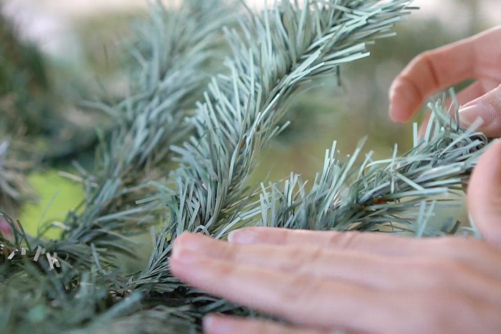 """Pasos para pintar el árbol de navidad, visto en """"I am a mess blog"""""""