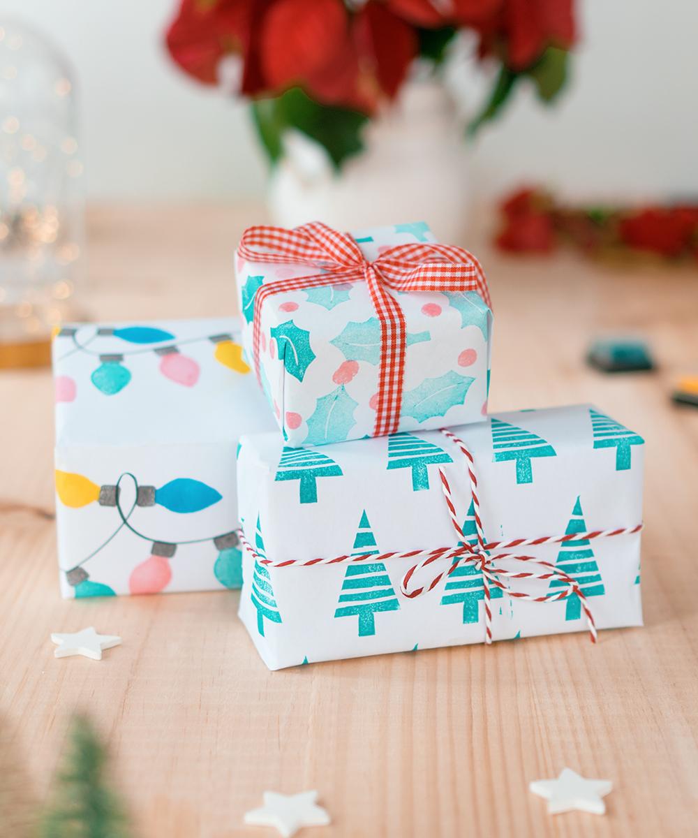 Sorprende envolviendo tus regalos con un papel de regalo creado por ti misma. Papeles de regalo creados con la técnica de carvado japones. Sólo necesitarás un cuter y una goma para realizarlo!