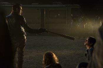 >>> NOT TO BE USED UNTIL 10/24/16 at 1:00 AM EST <<< Jeffrey Dean Morgan as Negan, Steven Yeun as Glenn Rhee- The Walking Dead _ Season 7, Episode 1 - Photo Credit: Gene Page/AMC