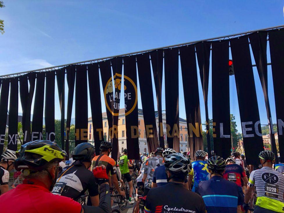 Vor dem Start in Annecy der L'Etape du Tour 2018