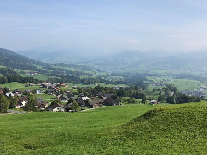 Rennrad Saisonfinale Bodensee: Blick ins Tal