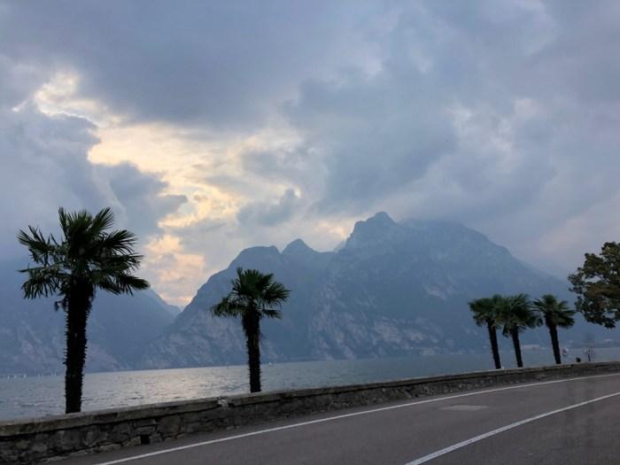 iamcycling-Mit-dem-Rennrad-am-Gardasee-Am Ostufer auf dem Weg zurück nach Riva