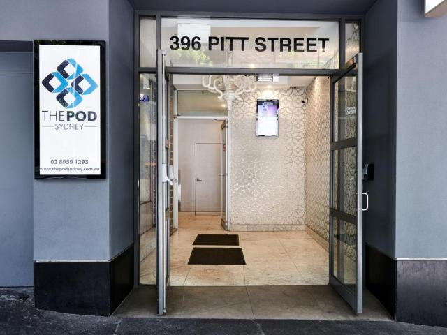 the-pod-sydney-outside